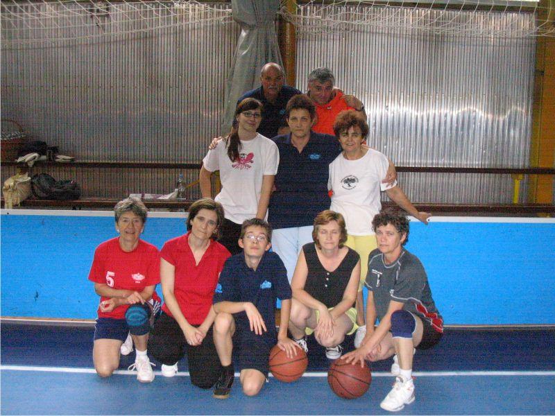 Barátságos mérkőzés a Bíróság csapatával 2010. májusában